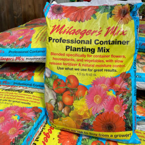 Hard Goods - Soils & Mulches